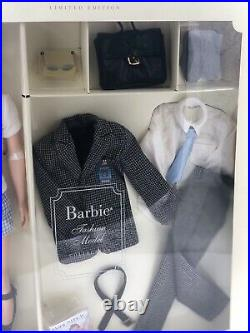 2002 Fashion Insider Ken Doll Silkstone Barbie Giftset NRFB NEW #56706
