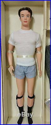 2002 Mattel Fashion Insider Ken Doll Model Silkstone Barbie Gift Set Limited Edt