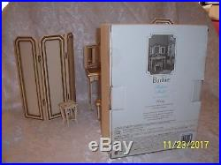 2004 Silkstone Gold Label Barbie Fashion Model Collection Vanity And Bench