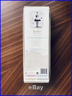 2005 Barbie Silkstone The French Maid Doll NRFB Gold Label J0966 HTF