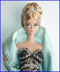 2005 Silkstone Stolen Magic Barbie Doll & Stand