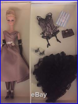 2006 Barbie Doll HIGH TEA AND SAVORIES GIFT SET Model Silkstone NRFB Gold LABEL