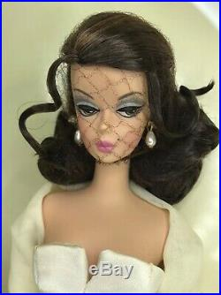 2006 Lady of the Manor Fashion Model Silkstone Barbie Doll NRFB #J059