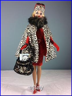 2007 Red Hot Reviews Barbie Doll Barbie Fashion Model Gold Label Silkstone
