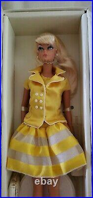 2010 Palm Beach Honey Silkstone Barbie Doll With Shipper Nrfb Gold Label R4485