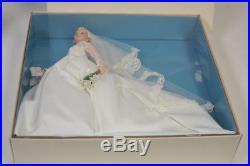 2011 Mattel Barbie Gold Label Silkstone Grace Kelly The Bride Doll T7942 NRFB