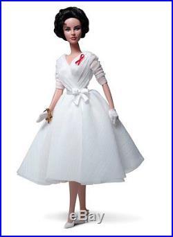 2012 Elizabeth Taylor White Diamonds Silkstone Giftset