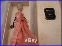 2016 GLAM GOWN Silkstone Fashion Model Barbie Doll NEW! NRFB GOLD LABEL LAST 1
