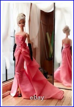 2016 Mattel Glam Gown Barbie Doll Gold Label Silkstone Body- New-In Stock-DGW58