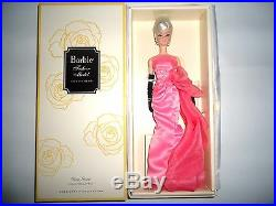 2016 Mattel Glam Gown Barbie Doll Gold Label Silkstone Body Posable NRFB