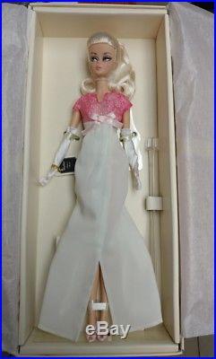 2016 NRFB Convention Platinum Label Barbie Fashion Mod Silkstone Doll poseable