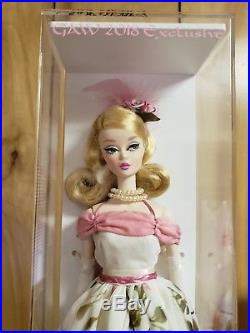 2018 GAW Silkstone BARBIE signed By Artist Angie Gill