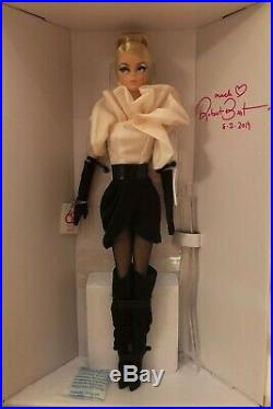 2019 Barbie Convention Exclusive Silkstone Doll SIGNED by Mattels Robert Best