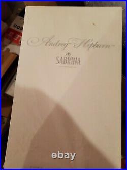 Audrey Hepburn as Sabrina Barbie Silkstone X8277 NRFB Gold in Original Tissue