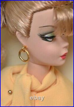 BARBIE Secretary SILKSTONE Mattel Fashion Model Collection