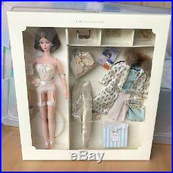 Barbie Doll Continental Holiday Silkstone Fashion Model Collection Gift Set 2001