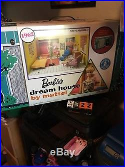 Barbie Dream House 1962 Vintage Reproduction & Barbie FND44 New
