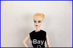 Barbie Fashion Model Collection Walking Suit Silkstone