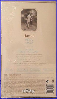 Barbie Fashion Model Silkstone True Brit Accessory Pack Gold Label MIB with COA