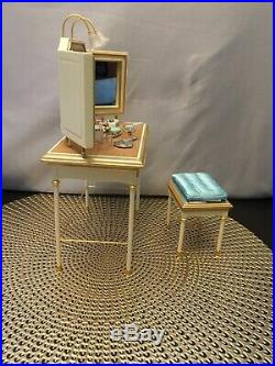 Barbie Fashion Model Vanity Gold Label 2004 And Honey In Hollywood B3436 EUC