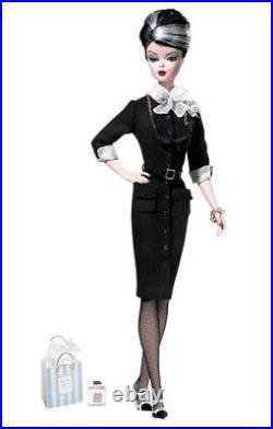 Barbie Silkstone Bfmc The Shopgirl Nrfb With Factory Tissue Vhtf