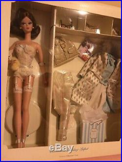 Barbie Silkstone Continental Holiday Giftset Fashion Model Collection 2002 NRFB