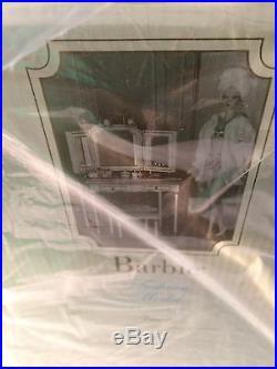 Barbie Silkstone Fashion Model Gold Label Vanity and Bench Rare NIB, Mint #B3436