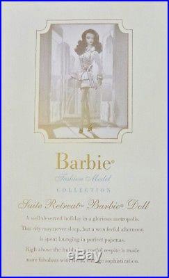 Barbie Suite Retreat Silkstone Doll Gold Label Coleccion G8078 Mattel Fashion