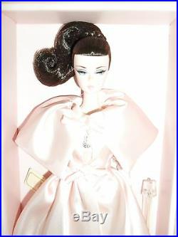 Blush Beauty Silkstone Barbie Nrfb With Shipper Fan Club Exclusive 4400