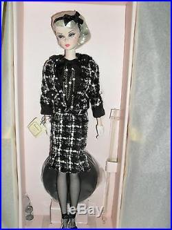 Boucle Beauty Silkstone Barbie Doll Gold Label