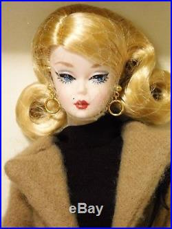 CLASSIC CAMEL COAT 2016 SILKSTONE Barbie Doll Gold Label BFMC Trench DGW54 NRFB
