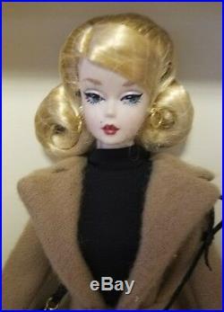 CLASSIC CAMEL COAT Silkstone Barbie Mint Factory Tissued MINT NRFB