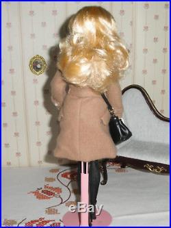 Classic Camel Coat Silkstone Barbie Poseable