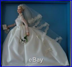 GRACE KELLY THE BRIDE 2011 SILKSTONE Barbie Gold Label Doll T7942 NRFB