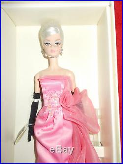 Glam Gown Silkstone Posable-2017-barbie-mint-nrfb-last One-free Ship