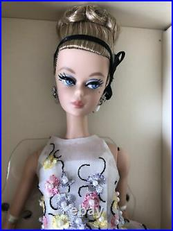 Gold Label Classic Cocktail Dress Drop Earrings Silkstone Poseable Barbie Doll