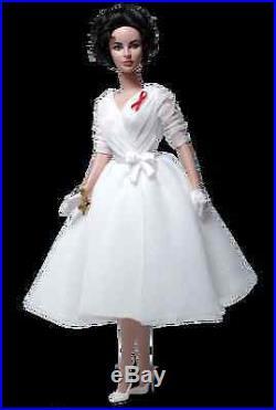 Gold Label Elizabeth Taylor White Diamonds Silkstone Barbie Doll