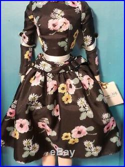 Grace Kelly The Romance Silkstone Barbie Doll 2011 Gold Label Mattel #t7944 Nrfb