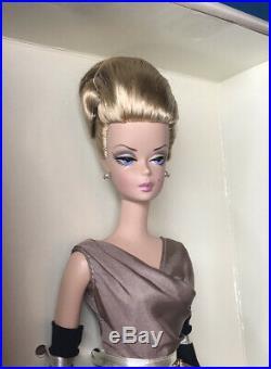 HIGH TEA & SAVORIES Barbie Doll Fashion Model Giftset 2006 Silkstone NRFB