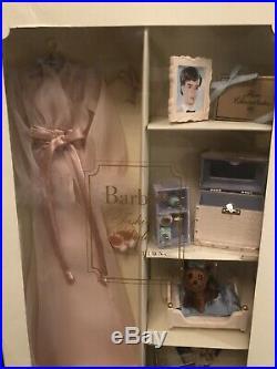 Honey In Hollywood Silkstone Barbie Doll Fashion Outfit NRFB