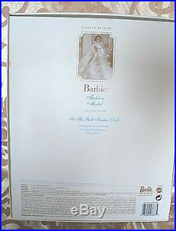 IN THE PINK Silkstone Barbie NRFB #27683 Gold Label withSHIPPER