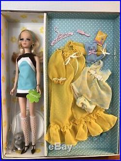 Kitty Corner Francie Gold label Silkstone BARBIE Doll Gift Set Robert Best Mint