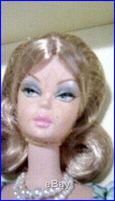 Market Day Barbie Gold Label Silkstone Nrfb