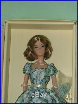 Market Day Gold Label Barbie Doll NRFB BRAND NEW SILKSTONE BARBIE