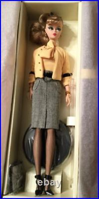 MattelSilkstone Barbie Fashion Model Collection 2007 The Secretary Gold label