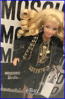Moschino 2015 Collector Barbie Doll Mini Gift Set- Blonde NRFB HTF-Sold Out