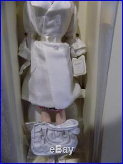 NIB Barbie Silkstone Fashion Model HOLLYWOOD BOUND FANCLUB EXCLUSIVE Barbie Doll