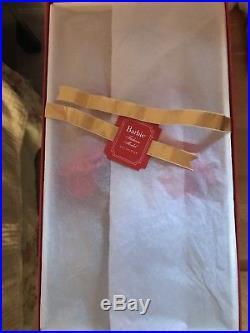 NRFB 2010 Fashion Model Gold Label Darya Silkstone Russia Doll by Mattel