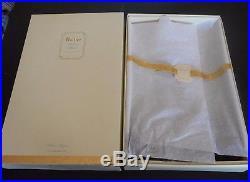 New 2005 BARBIE Stolen Magic Fashion Model Collection Silkstone Body Gold Label