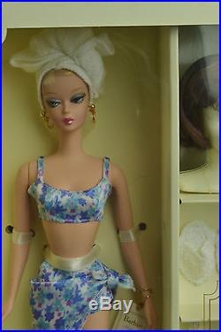 New Nrfb Spa Getaway Silkstone Barbie Doll Giftset Fashion Model Collection Le
